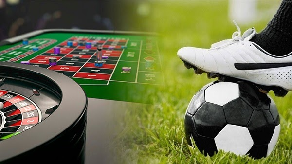 Choose football betting or casino betting when playing at the bookmaker?